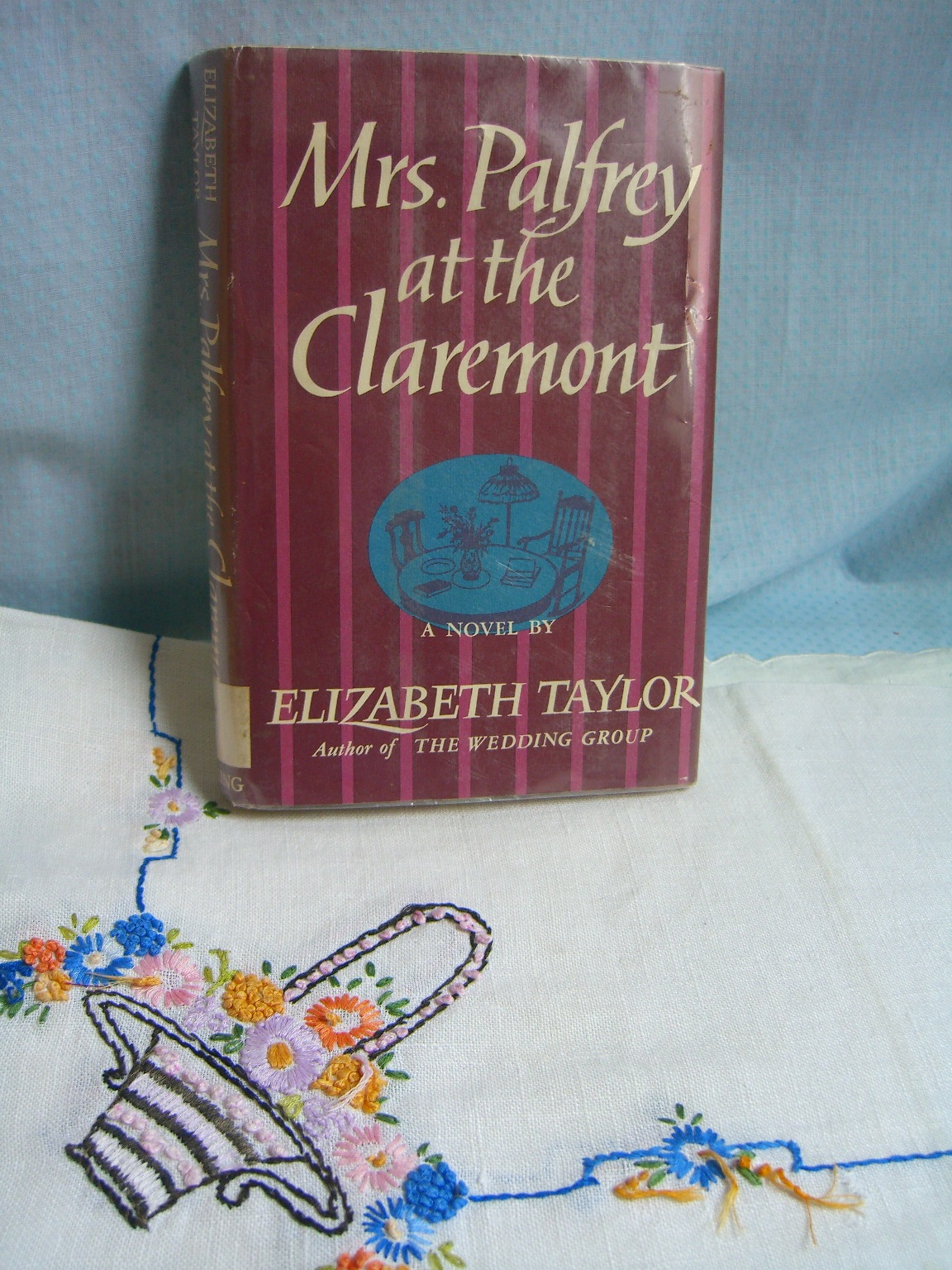 elizabeth taylor book review