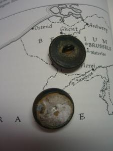 "backs of ""Waterloo"" buttons ©booksandbuttons"