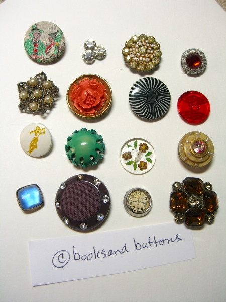 ©booksandbuttons National Button Day!